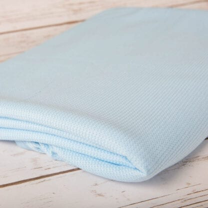 Lightweight thermal throw blue